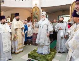Патриарший Экзарх совершил Литургию в храме Минской иконы Божией Матери города Минска