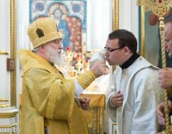 В Неделю 12-ю по Пятидесятнице митрополит Павел совершил Литургию в Свято-Духовом кафедральном соборе города Минска