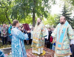 Архиепископ Новогрудский и Слонимский Гурий возглавил торжества по случаю престольного праздника Успенской Жировичской обители