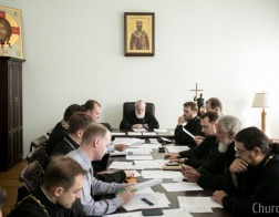 Патриарший Экзарх всея Беларуси возглавил очередное заседание Ученого совета Минской духовной академии
