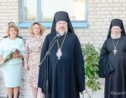 Почетным гостем линейки в Кормянской средней школе стал епископ Гомельский и Жлобинский Стефан
