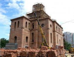 Вместимость всех строящихся храмов Москвы увеличена до тысячи человек