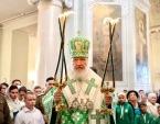 В день памяти святых благоверных князей Даниила Московского и Александра Невского Святейший Патриарх Кирилл совершил Литургию в Даниловом монастыре