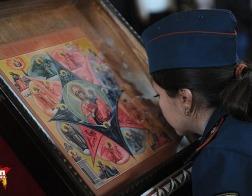 В Москве около 5 тысяч спасателей участвовали в молебне в честь иконы «Неопалимая Купина»