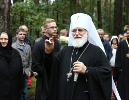 Патриарший Экзарх возглавил торжества по случаю 25-летия возрождения Гродненского Рождество-Богородичного женского монастыря