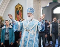 В Неделю 16-ю по Пятидесятнице митрополит Павел совершил Литургию в Свято-Духовом кафедральном соборе города Минска