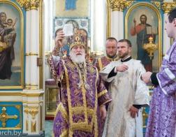 В Неделю 17-ю по Пятидесятнице митрополит Павел совершил Литургию в Свято-Духовом кафедральном соборе города Минска