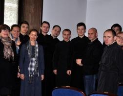 В Минске состоялся круглый стол «Помощь Церкви людям в тяжелой жизненной ситуации»