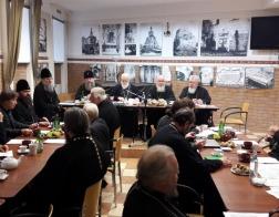 Патриарший Экзарх всея Беларуси возглавил очередное заседание комиссии Межсоборного Присутствия по церковному просвещению и диаконии