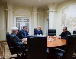 Настоятель Александро-Невского храма Минска встретился с Послом России в Беларуси