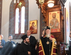 Патриарх Варфоломей освятил восстановленный храм Преображения Господня на кладбище Сисли в Стамбуле