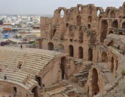 Тунис становится более терпимым к христианам