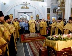 В канун Недели 23-й по Пятидесятнице митрополит Павел совершил всенощное бдение в Свято-Духовом кафедральном соборе города Минска