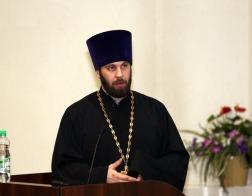 Священнослужитель Белорусской Православной Церкви принял участие в обсуждении антинаркотической кампании в Минске