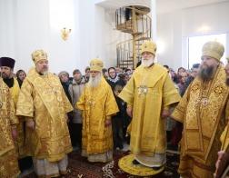 Патриарший Экзарх совершил освящение храма в честь новомучеников и исповедников Церкви Русской в городе Дятлово