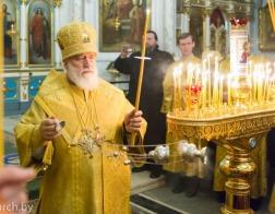 В канун Недели 27-й по Пятидесятнице Патриарший Экзарх совершил всенощное бдение в Свято-Духовом кафедральном соборе города Минска