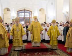 Патриарший Экзарх возглавил торжества в честь 25-летия возрождения Витебской епархии