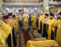 В канун дня памяти апостола Андрея Первозванного митрополит Павел совершил всенощное бдение в Андреевском храме города Минска