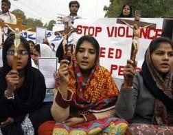 В Индии индуистские экстремисты избили восьмерых католических священников