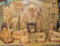 Христианские резчики по дереву в Вифлееме все еще хранят древние традиции Святой Земли