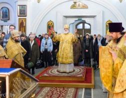 В Неделю святых праотец митрополит Павел совершил Литургию в Свято-Духовом кафедральном соборе города Минска