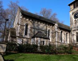 В Англии храмы рекомендуют преобразовать в местные «дома культуры» ради их выживания