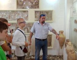Православные гимназисты создают музей из собственных археологических находок