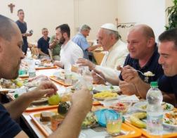 Итальянский журналист рассказал о гастрономических предпочтениях Папы Франциска