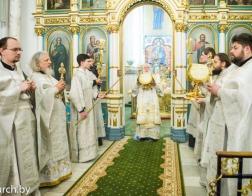В праздник Рождества Христова Патриарший Экзарх совершил Литургию в Свято-Духовом кафедральном соборе города Минска