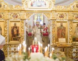 В праздник Рождества Христова митрополит Филарет совершил Литургию в домовом храме Минского епархиального управления
