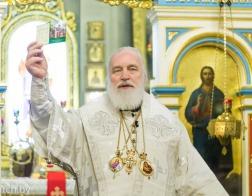 В праздник Собора Пресвятой Богородицы митрополит Павел совершил Литургию в храме в честь благоверного князя Александра Невского города Минска