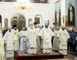 В день памяти 20 000 мучеников Никомидийских митрополит Павел совершил Литургию в Жировичском ставропигиальном мужском монастыре