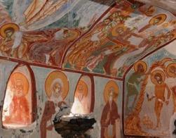 При реставрации монастыря Панагия Сумела на северо-востоке Турции обнаружена часовня с византийскими фресками