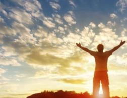 В Британии многие неверующие молятся в трудные минуты