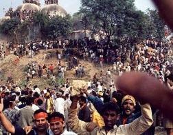 На севере Индии индуисты сожгли церковь общины пятидесятников и ранили 15 христиан