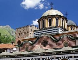 Под давление Церкви в Болгарии отложена ратификация Стамбульской конвенции