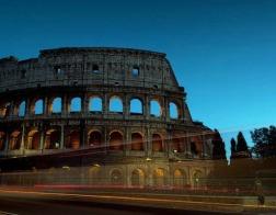 Римский Колизей будет подсвечен красным цветом, чтобы привлечь внимание к гонениям на христиан