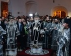 Святейший Патриарх Кирилл совершил Литургию Преждеосвященных Даров на московском подворье Троице-Сергиевой лавры