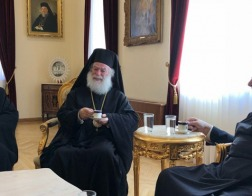 Патриархи Александрийский Феодор II и Антиохийский Иоанн X посетили Архиепископа Кипрского Хризостома