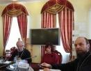Представители ОВЦС и Общецерковной аспирантуры приняли участие в круглом столе на тему защиты прав христиан в мире