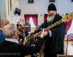 Епископ Молодечненский и Столбцовский Павел встретился с учащимися музыкального колледжа