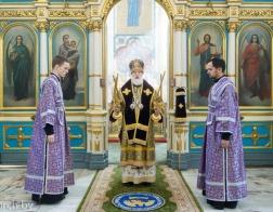 В Неделю преподобного Иоанна Лествичника митрополит Павел совершил Литургию в Свято-Духовом кафедральном соборе города Минска