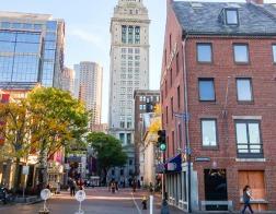 В колледже Бостона пожелания «благослови Боже» и «веселого Рождества» теперь вне закона