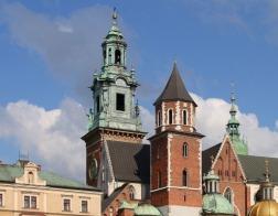 Польский архиепископ упрекает священника, пожелавшего папе Франциску