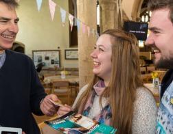 Англиканская церковь Британии вводит терминалы для сбора церковных взносов