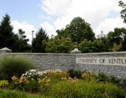 Законодатели штата Кентукки (США) вводят день студенческой молитвы