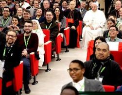 В Ватикане представили итоговый документ предсинодальной встречи католической молодежи