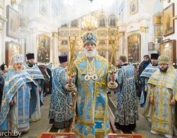 В Субботу Акафиста Патриарший Экзарх совершил Литургию в Свято-Духовом кафедральном соборе города Минска