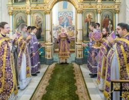 В Неделю преподобной Марии Египетской Патриарший Экзарх совершил Литургию в Свято-Духовом кафедральном соборе города Минска