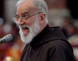 Современное общество «впало в язычество и идолопоклонство сексу», считает папский проповедник